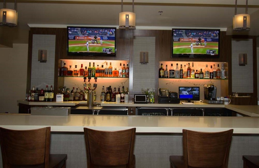 Is Your Business Struggling With an Outdated Restaurant AV System?