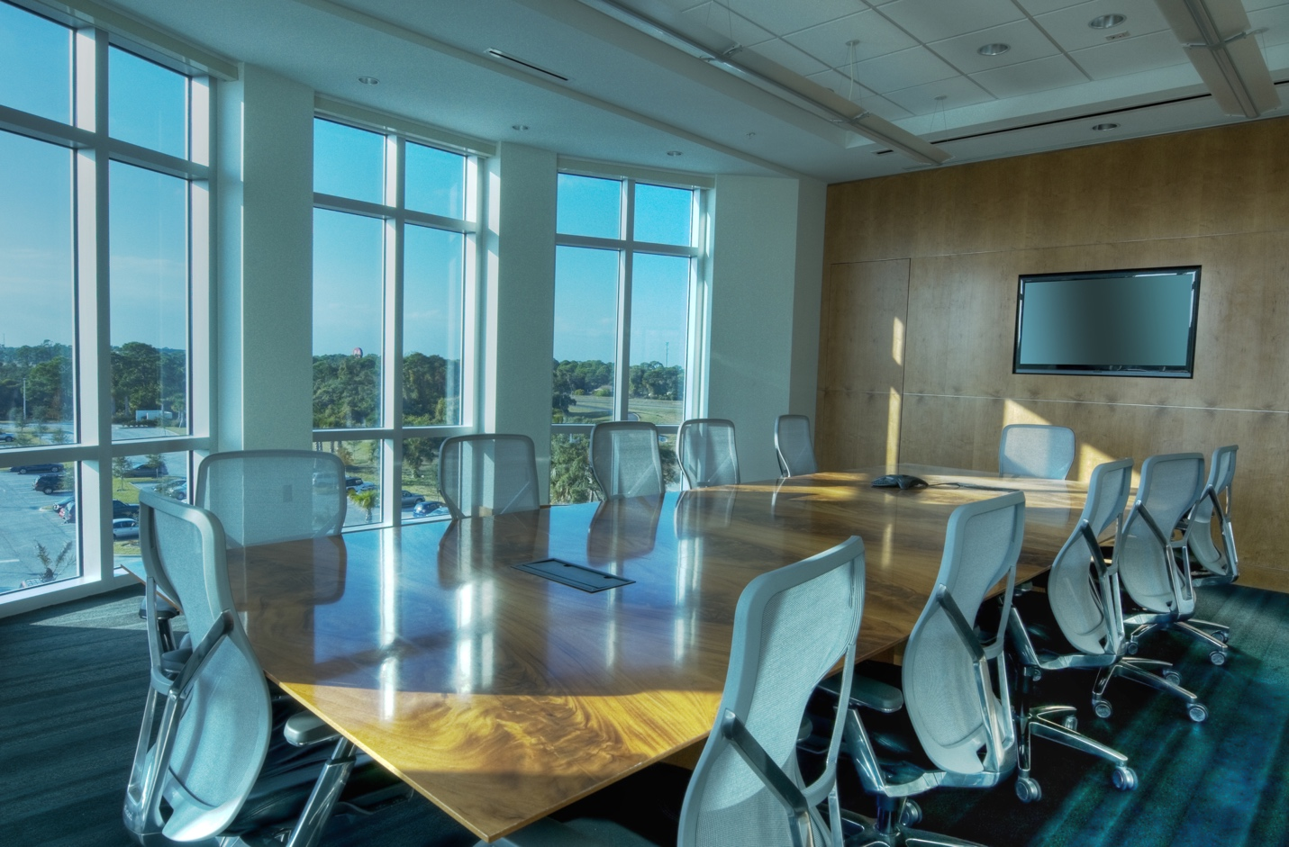 The Best Conference Room Systems for Team Productivity